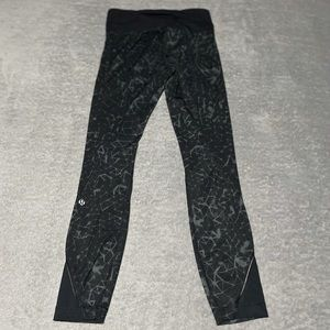 Lululemon Inspire Tight II *full on Luxtreme (mesh) size 2. Excellent condition.